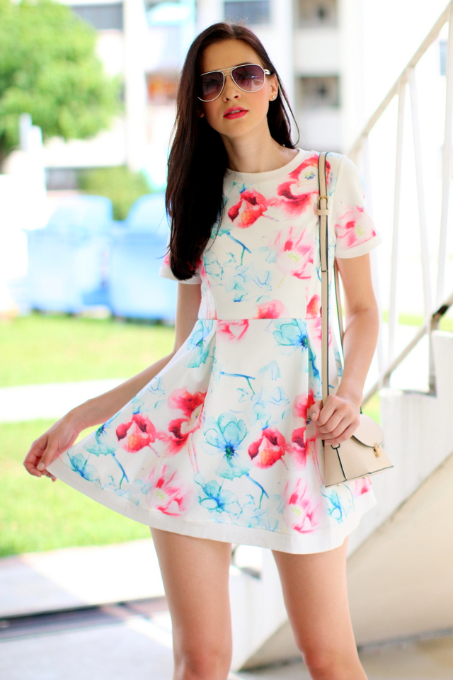 TSW Watercolour Neoprene Sleeve Dress in Red Mix Floral (L)