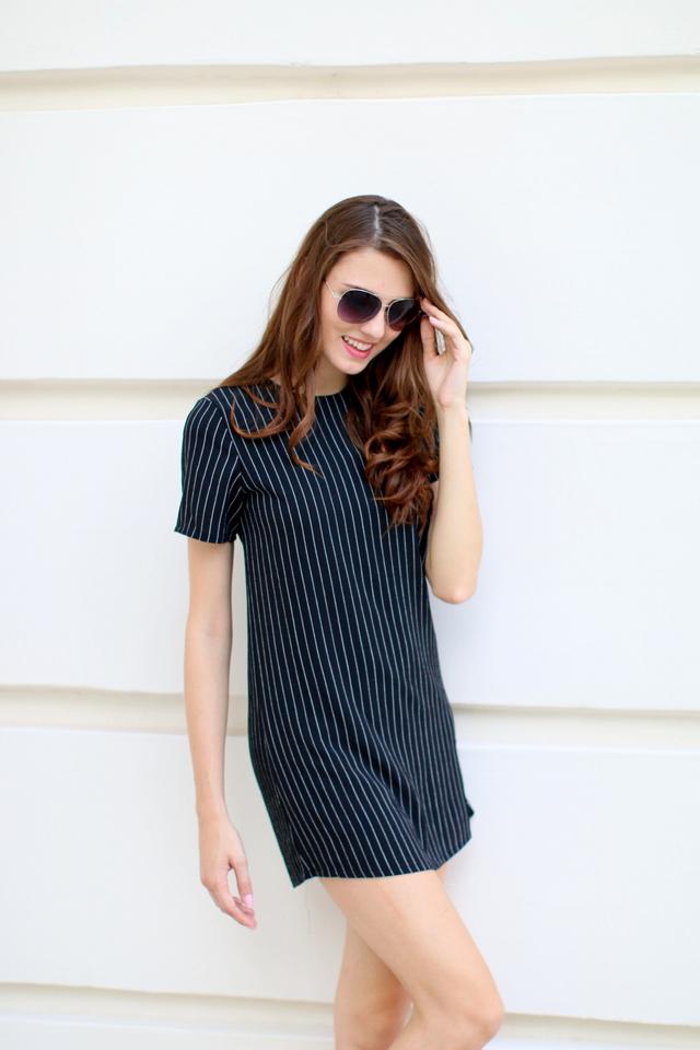 TSW Unbroken Pintripes Shift Dress in Black (S)