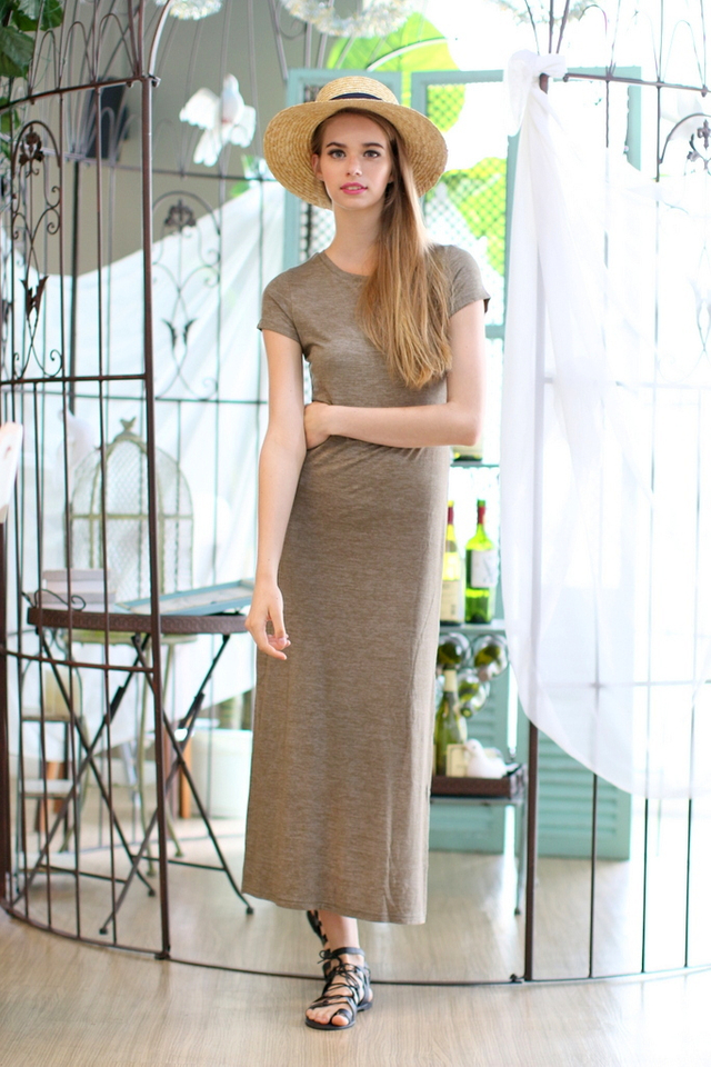TSW Enchanted Jersey Slit Maxi Dress in Olive (XL)