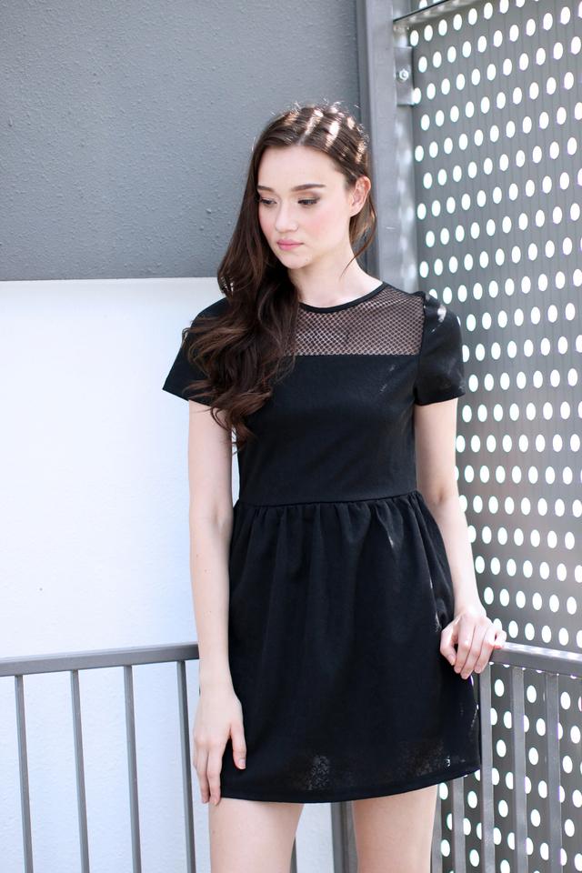 TSW Crystal Mesh Embossed Dress in Black (XL)