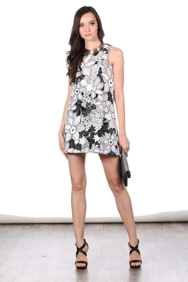 TSW Debbie Floral Swing Dress in Monochrome