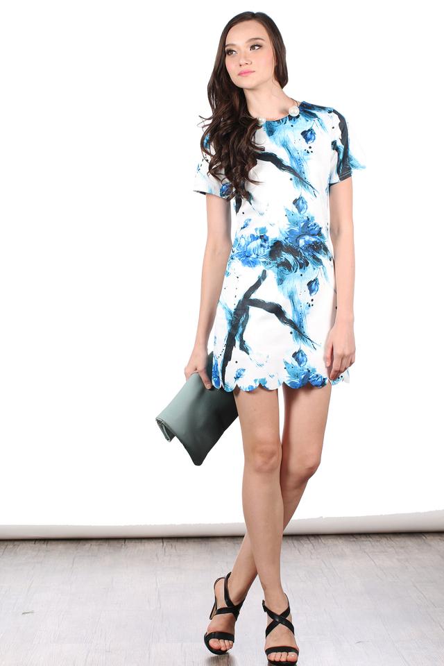 TSW Veron Scallop Hem Dress in Blue Strokes