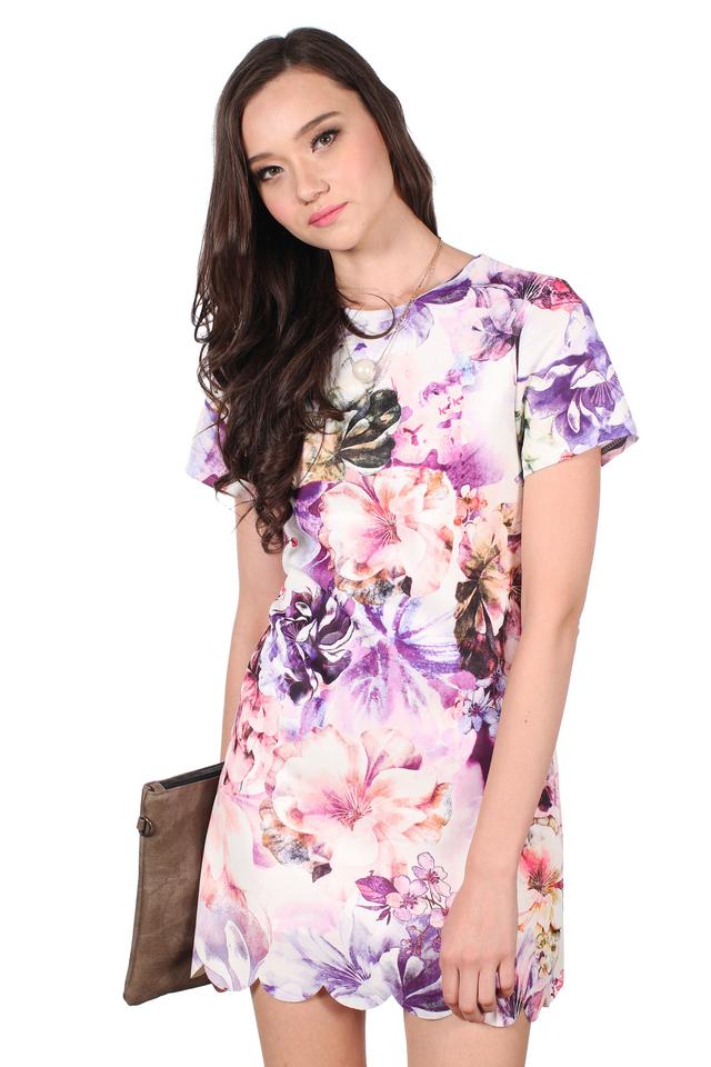 TSW Veron Scallop Hem Dress in Purple Floral
