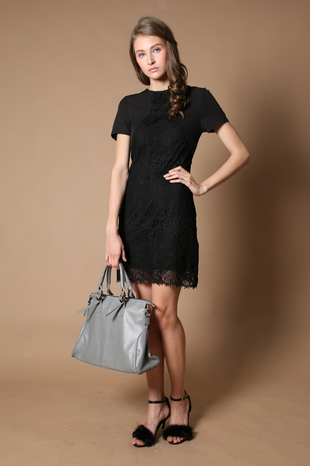 Carlyn Crochet Panel Dress in Black (L)