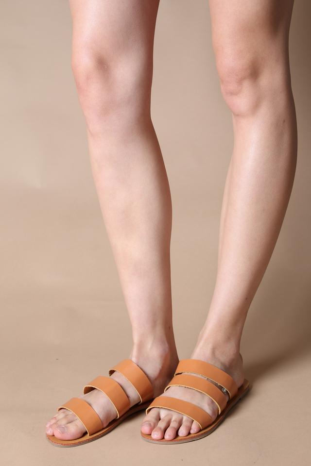 Sadie Straps Sliders in Tan