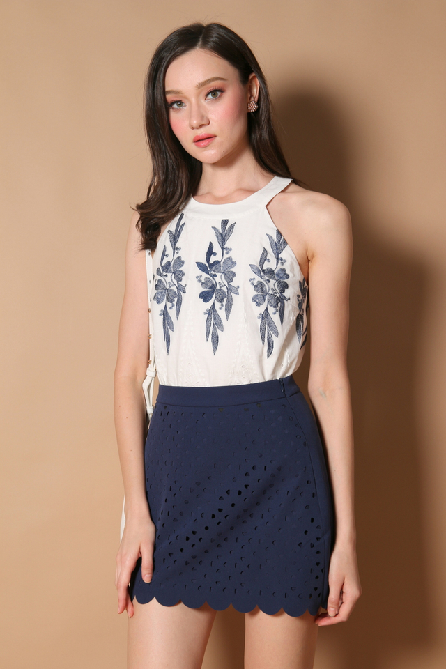 Steph Laser Cut Scallop Skirt in Navy (XS)