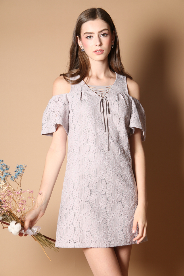 Stelli Cold Shoulder Lace Dress in Grey (XS)