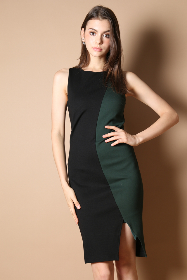 Braelyn Colourblock Midi Dress in Forest