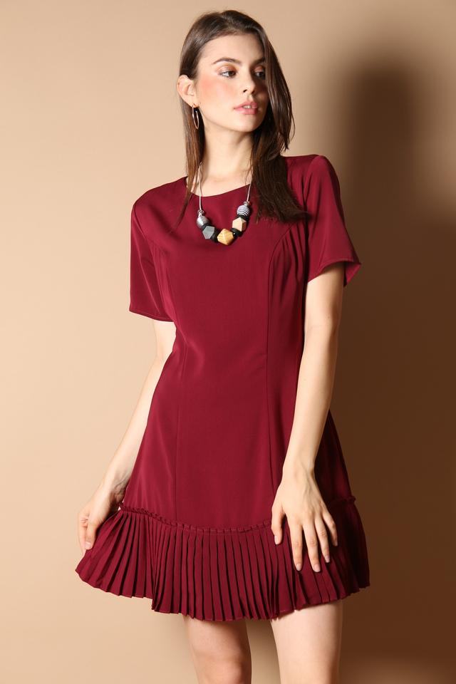 Genevive Pleats Dress in Wine Red