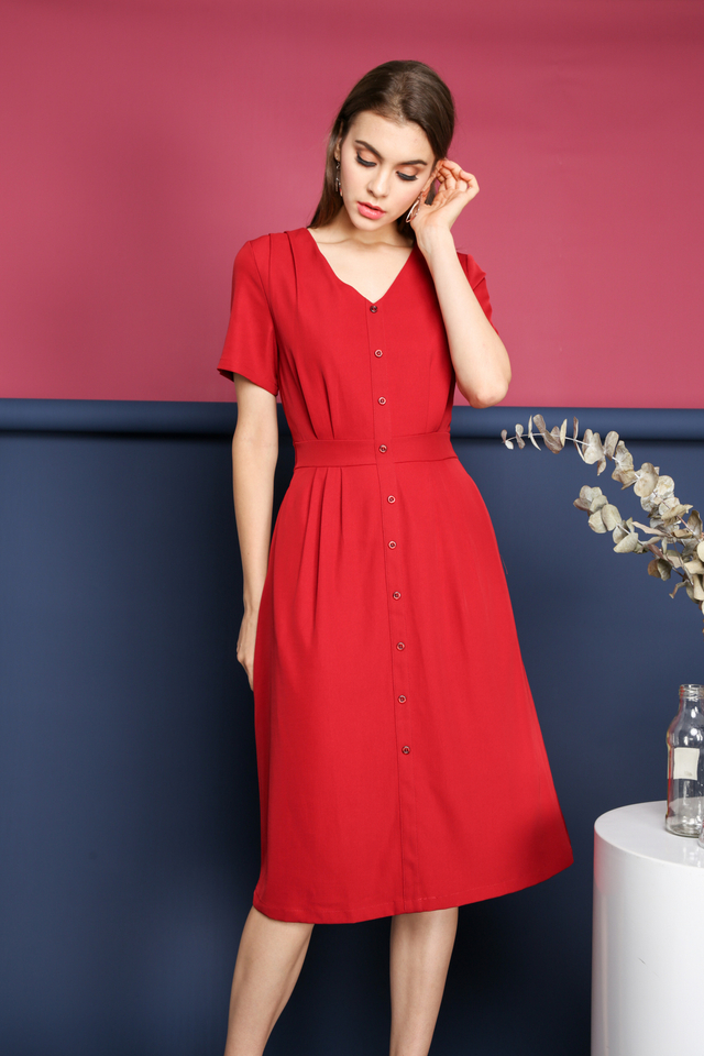Valeria Faux Button Midi Dress in Red (XS)