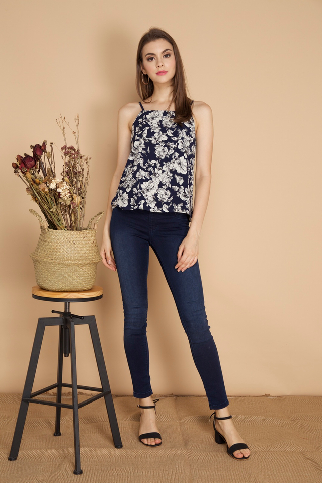 Kiana Floral Camisole in Navy Blue (L)