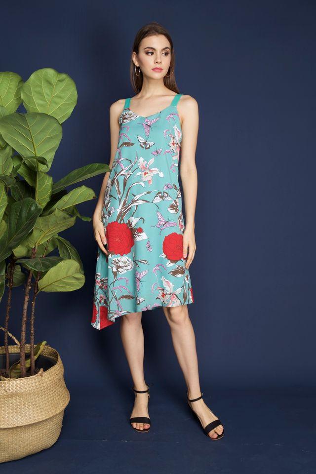 Verona Slanted Hem Midi Dress in Mint (L)