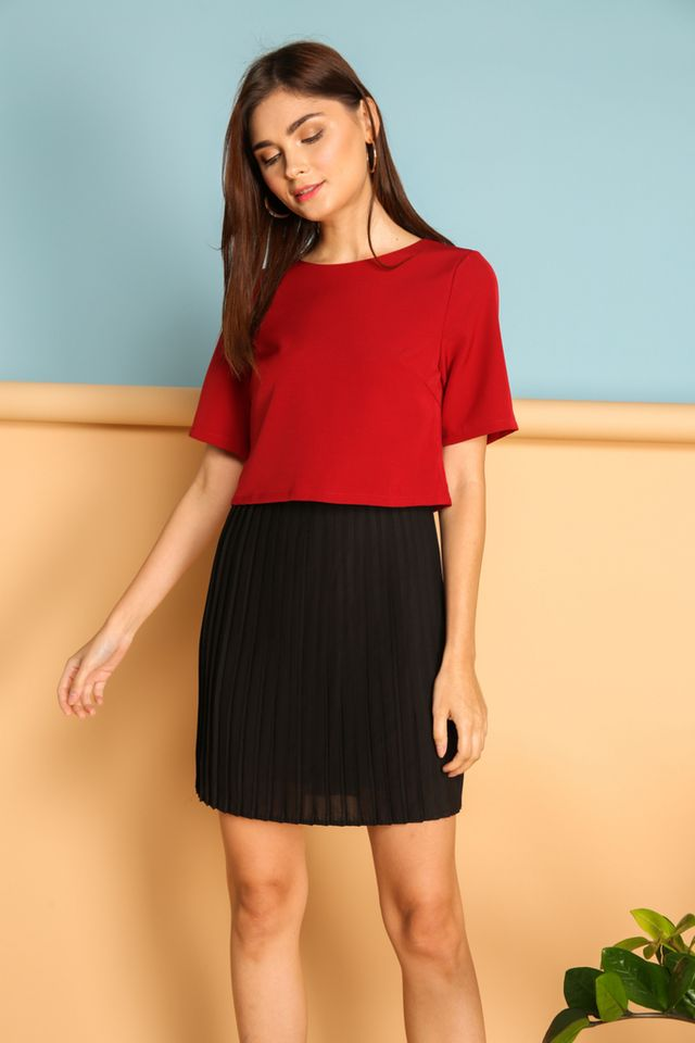 Laurel Colourblock Pleated Dress in Red (XS)