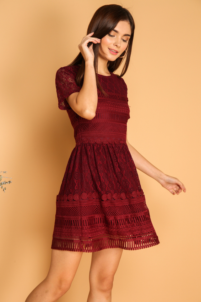 *BACKORDER* Lela Textured Lace Dress in Wine Red