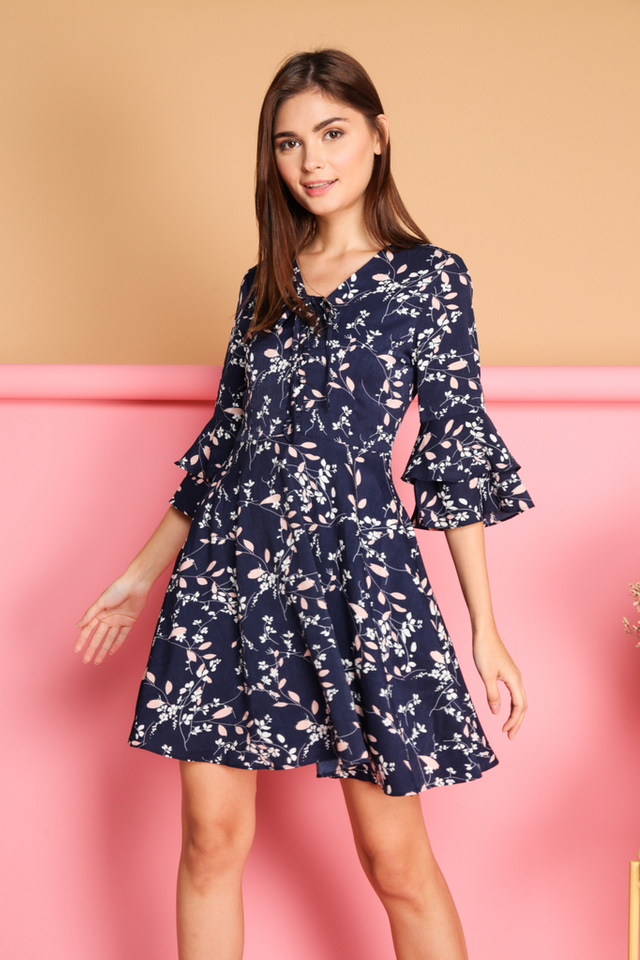 *BACKORDER* Agustin Leaf Printed Dress in Navy