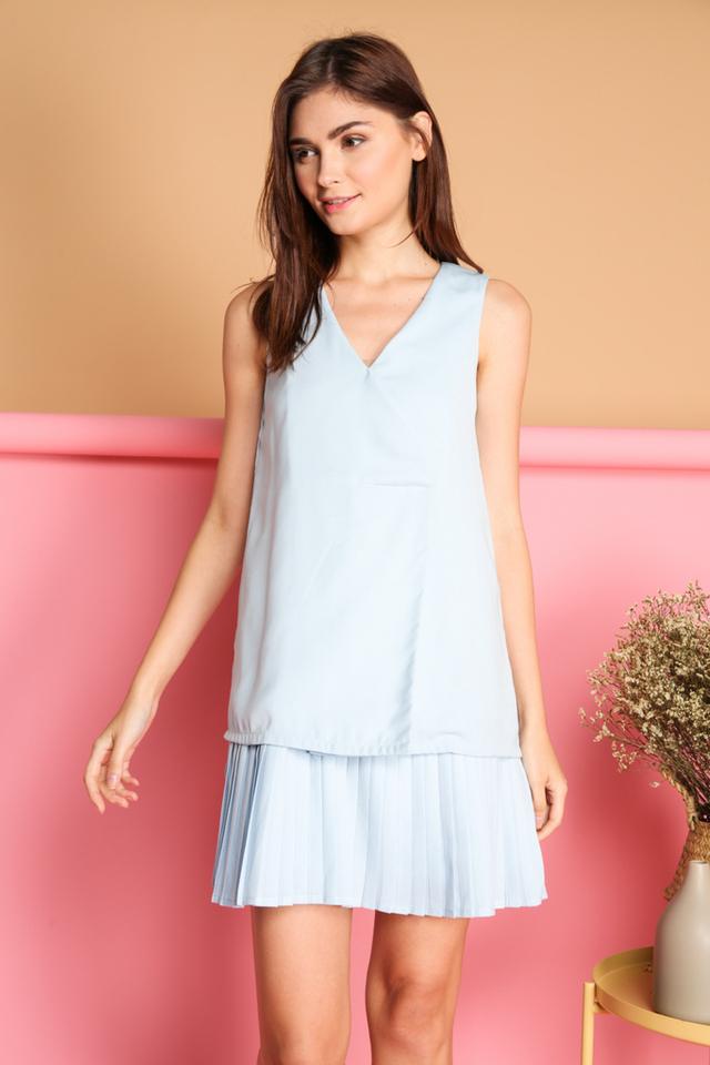 Kailin Layered Pleated Hem Dress in Blue (L)