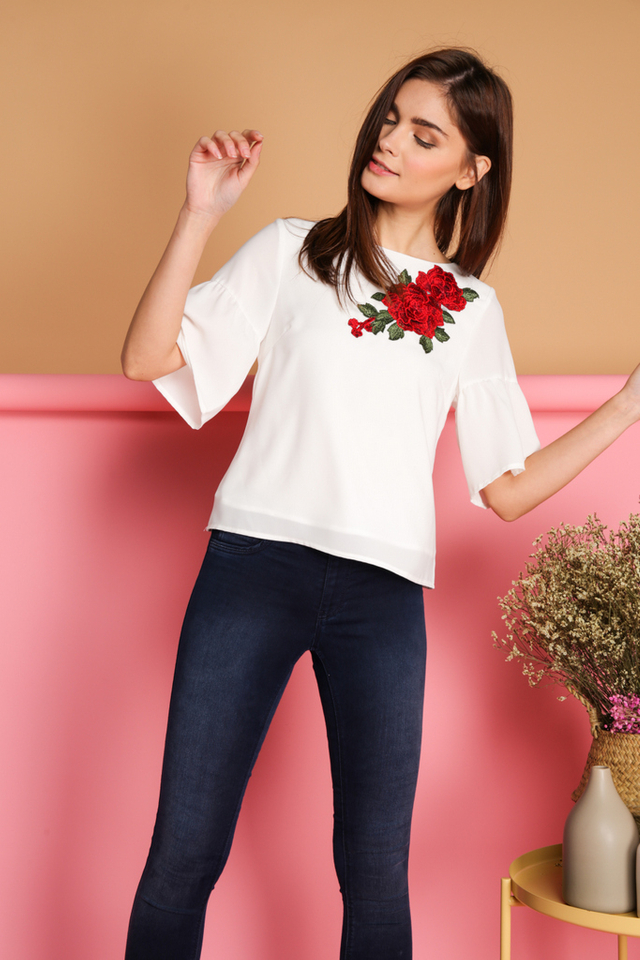 Celia Rose Patch Flounce Sleeve Top in White