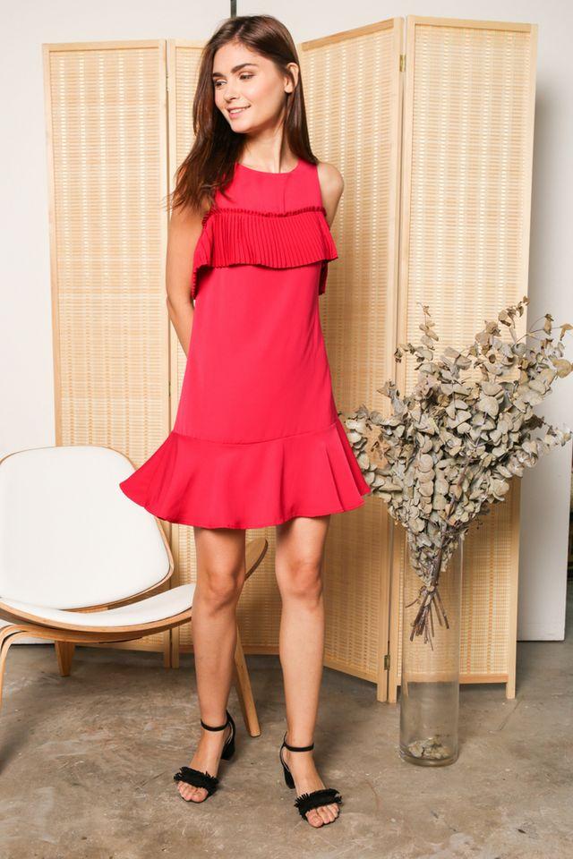 Perla Cold Shoulder Pleats Dress in Fushia (XS)