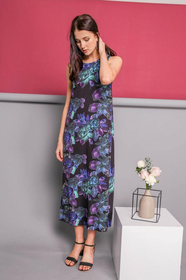 Eunice Printed Slit Maxi Dress in Black (XS)