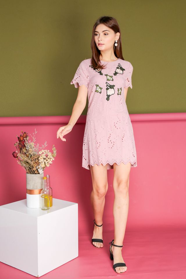 Maxine Eyelet Rose Embroidery Dress in Pink (XS)
