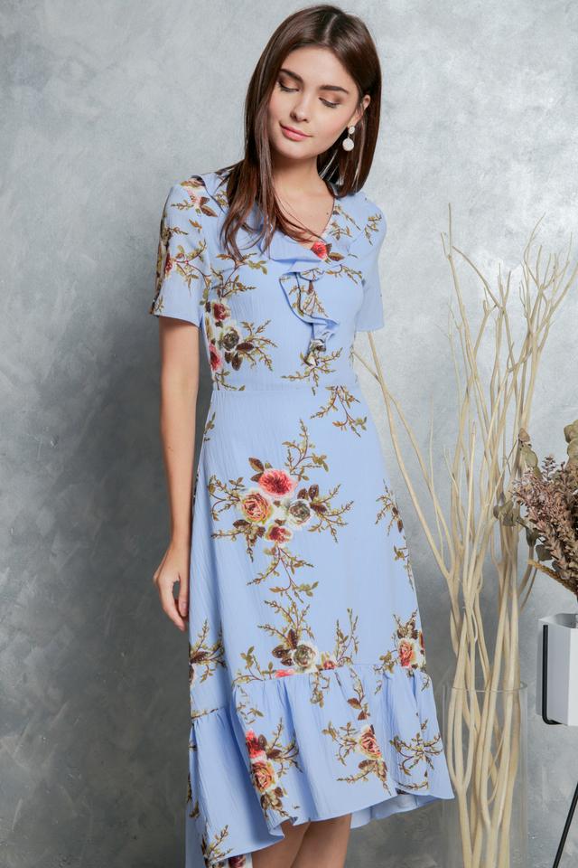Madeline Printed Ruffled Midi Dress in Blue (XS)