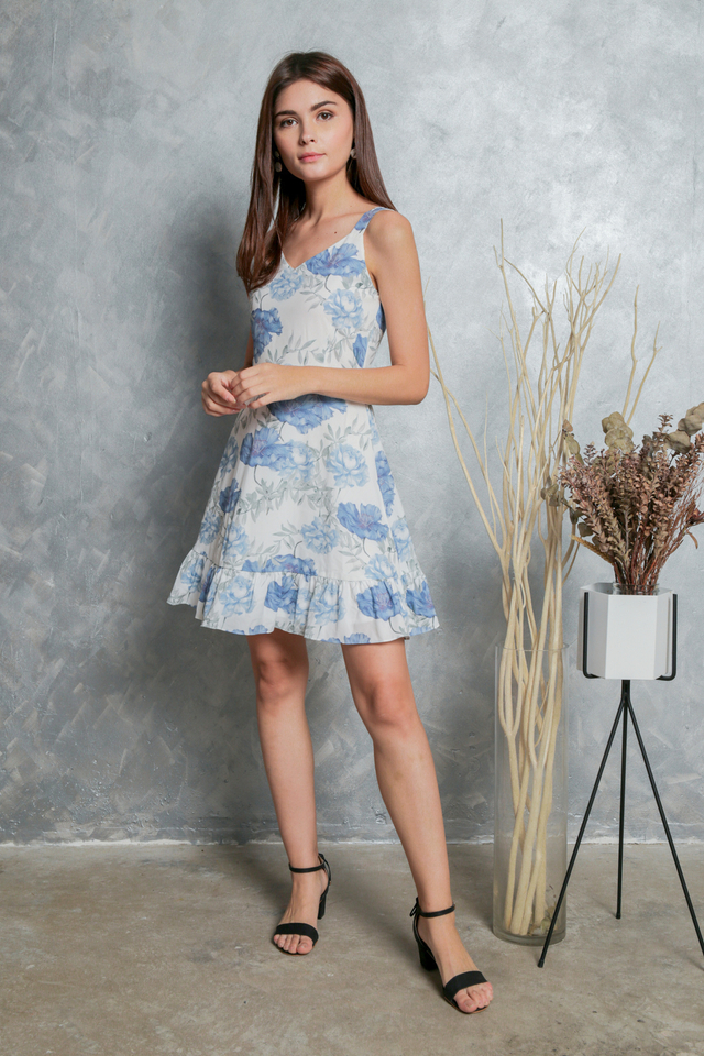 Milicent Floral Dropwaist Dress in White (L)