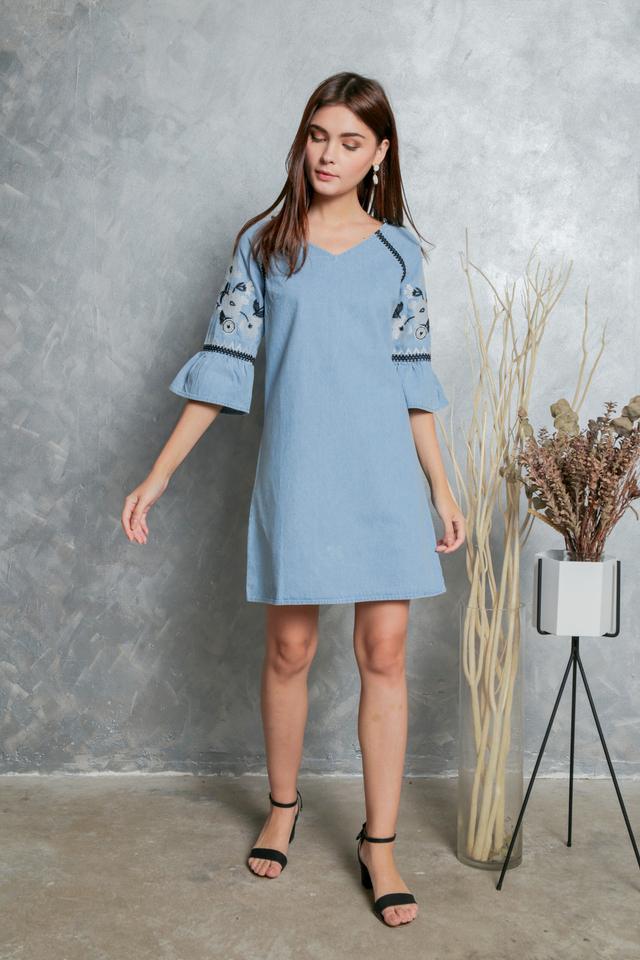 Norine Embroidery Sleeve Denim Dress in Blue