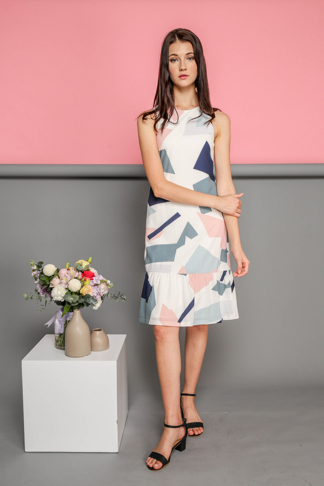 Jaelyn Printed Dropwaist Midi Dress in Geometric