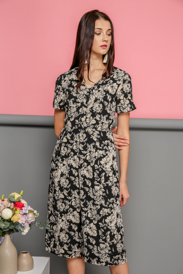 Keegan Floral Midi Jumpsuit in Black (XS)