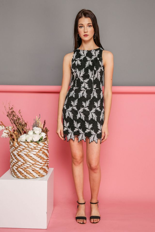 Evelyn Crochet Leaf Dress in Black (XS)