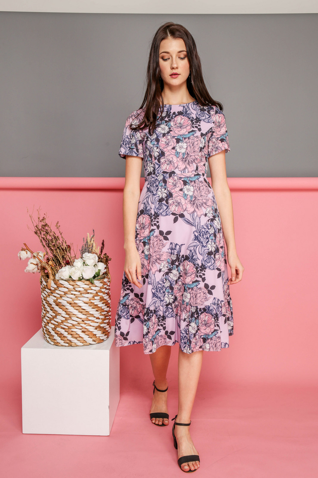 Eliana Printed Midi Dress in Pink Florals (XS)