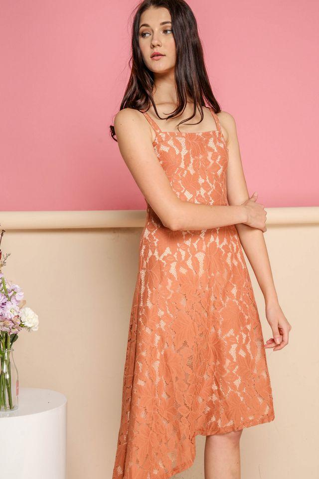 Annalise Lace Midi Dress in Terracotta (M)