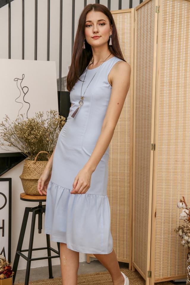 Laura Basic Midi Dress in Powder Blue
