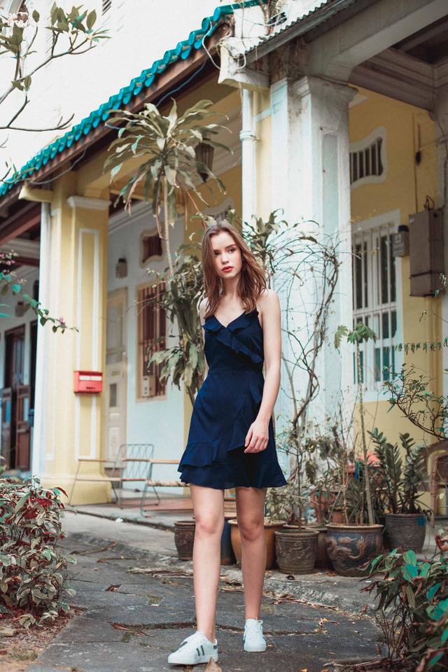 Evie Ruffled Cami Dress in Navy Blue (L)