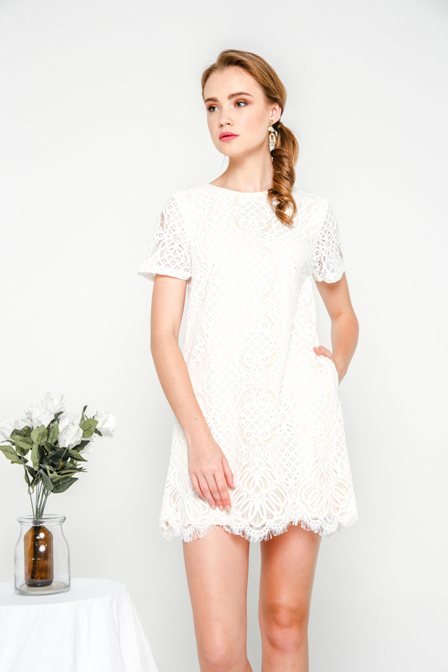 Sherly Lace Shift Dress in White