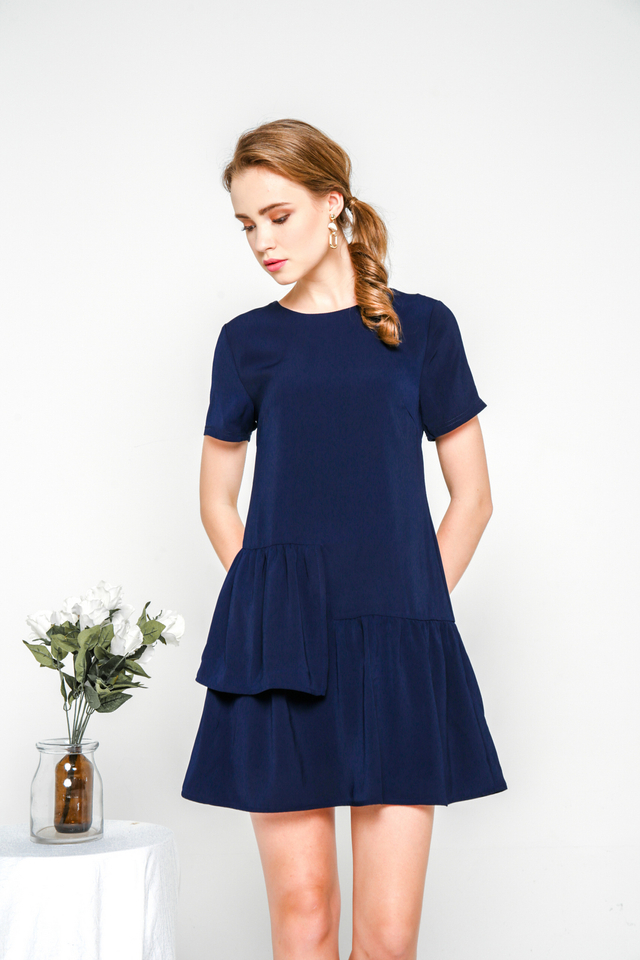 Camreigh Layered Ruffles Shift Dress in Navy (XS)