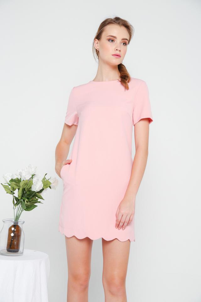 Margo Scallop Hem Shift Dress in Pastel Pink