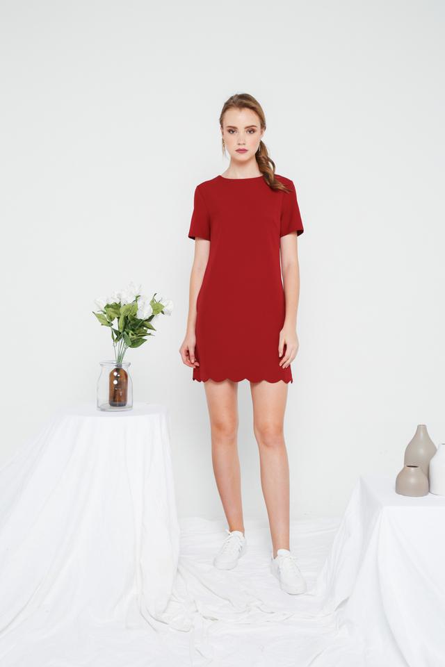 Margo Scallop Hem Shift Dress in Maroon