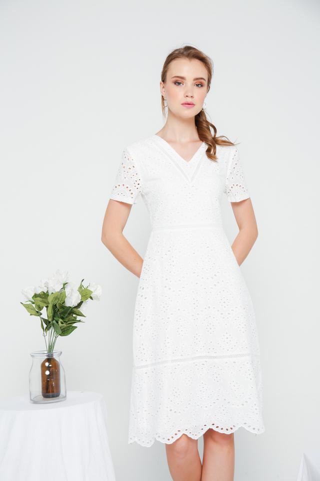 Dorothy Eyelet Midi Dress in White (XS)