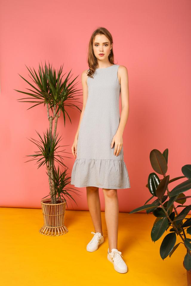 Tilly Gingham Ruffles Dress in Grey (M)