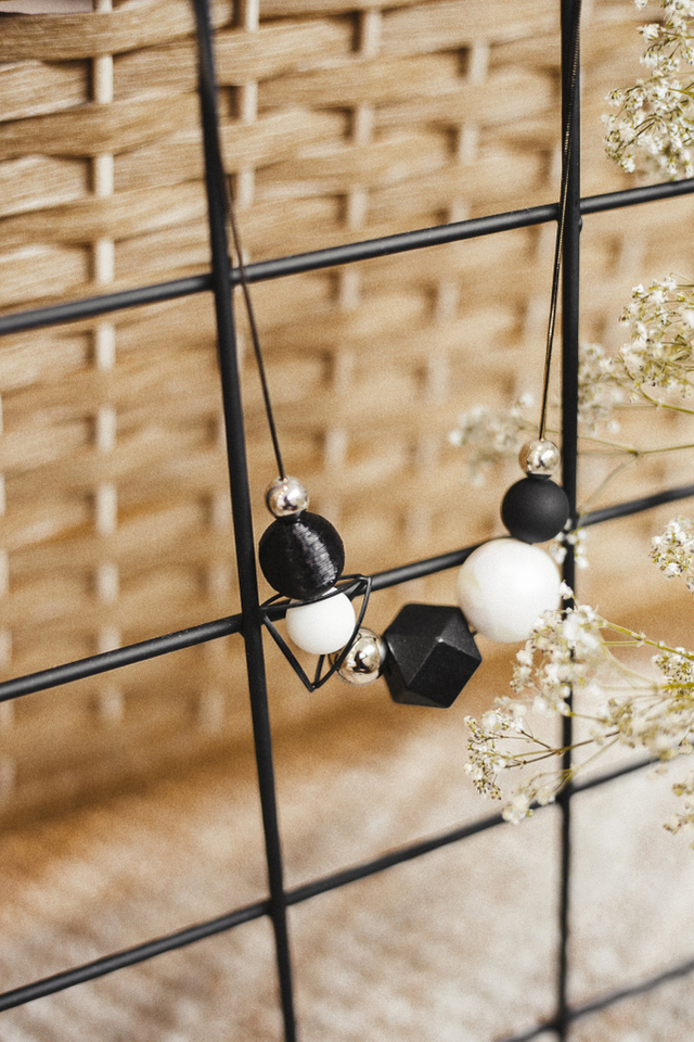 Melaina Geometric Necklace in Black