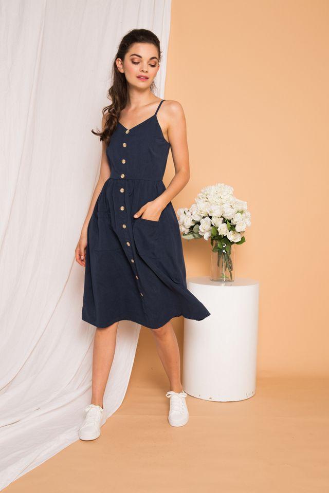 Leandra Button-down Midi Dress in Navy (XS)