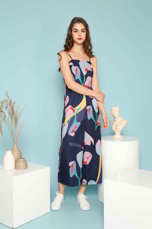 Milla Abstract Jumpsuit in Navy (L)