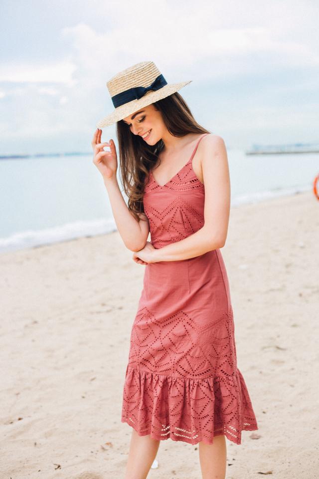 Mariella Eyelet Ruffles Midi Dress in Terracotta (S)