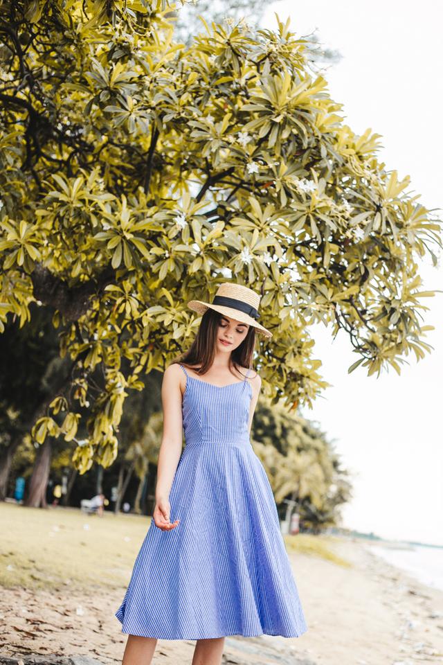 Edyis Striped Flare Midi Dress in Cornflower Blue (XL)