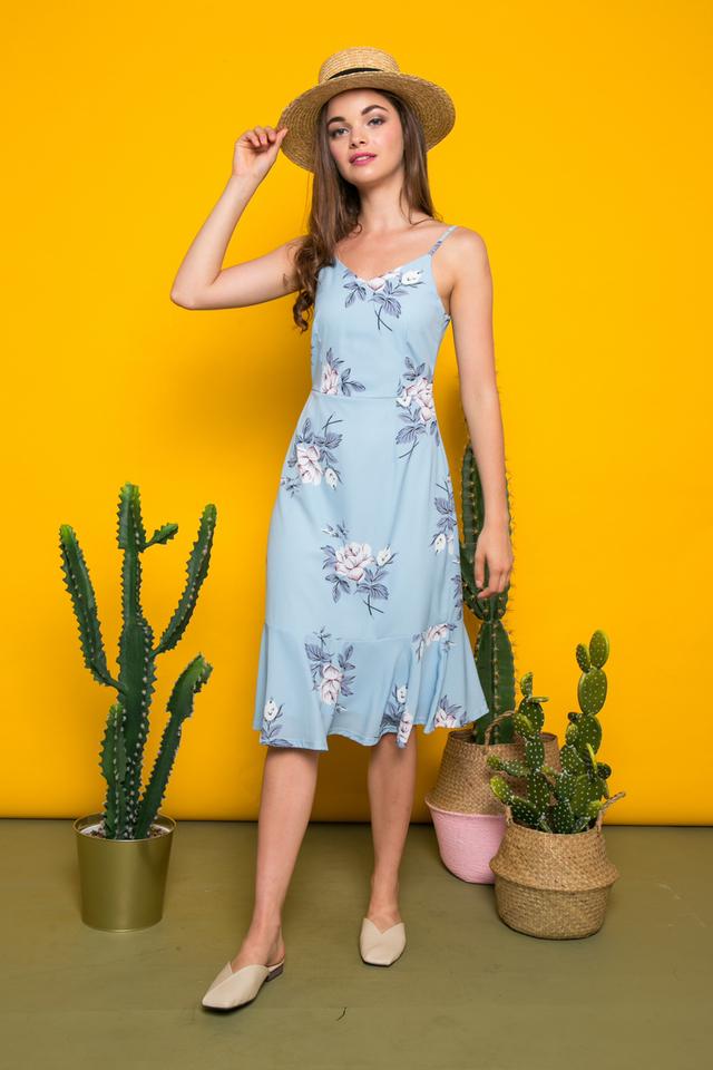 Rhonwen Floral Midi Dress in Dusty Blue (L)