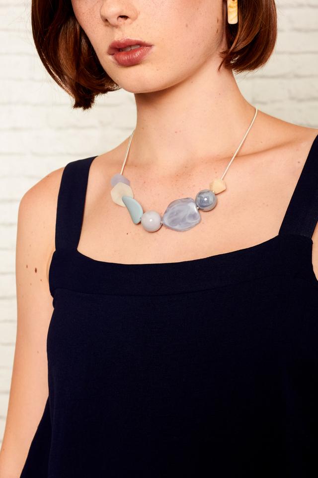 Fenna Pebble Necklace in Blue