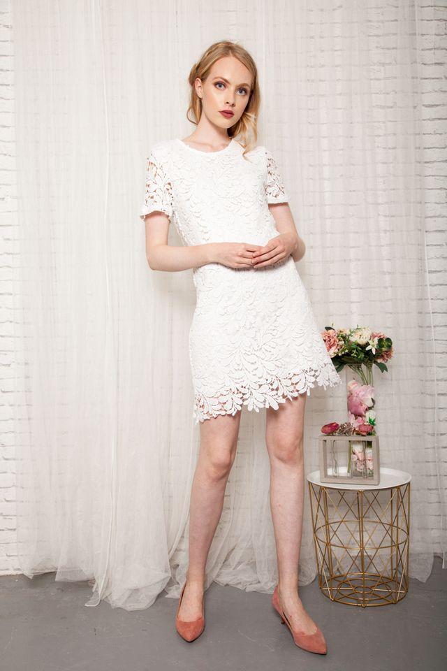 Poet Crochet Shift Dress in White (S)
