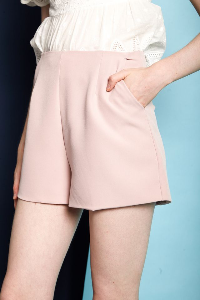 Enrica Basic High Waisted Shorts in Dusty Pink (XS)
