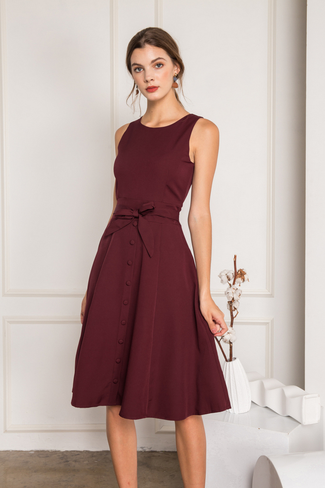 Ivey Button Down Midi Dress in Wine Red